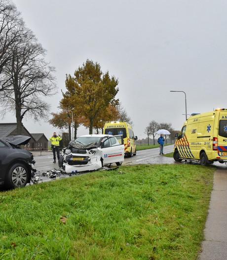 Gewonden bij frontale botsing in Udenhout