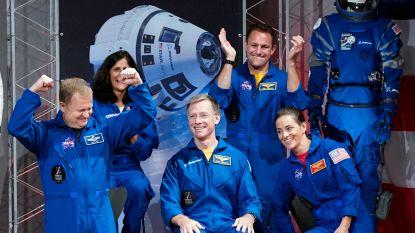 Deze astronauten vliegen voor het eerst naar de ruimte met privéraket