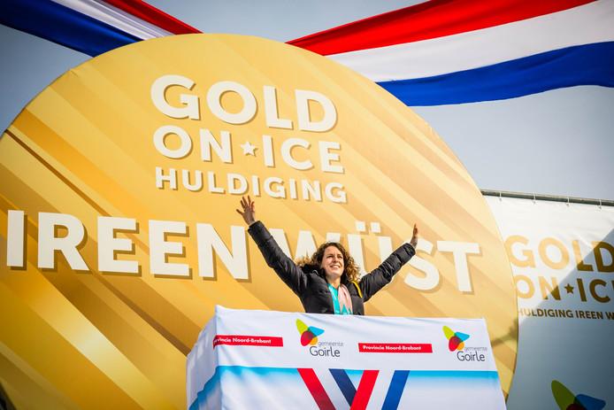 Ireen Wüst wordt gehuldigd in Goirle voor de gouden medaille op de 1500 meter en het zilver op de 3000 meter die ze haalde tijdens de Olympische Winterspelen van Pyeongchang.