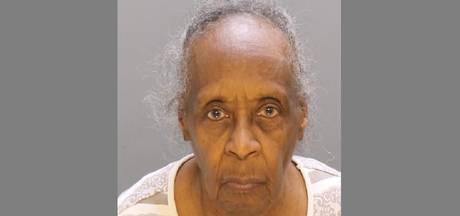 Vrouw van 86 neemt wraak na fout bij geldopname