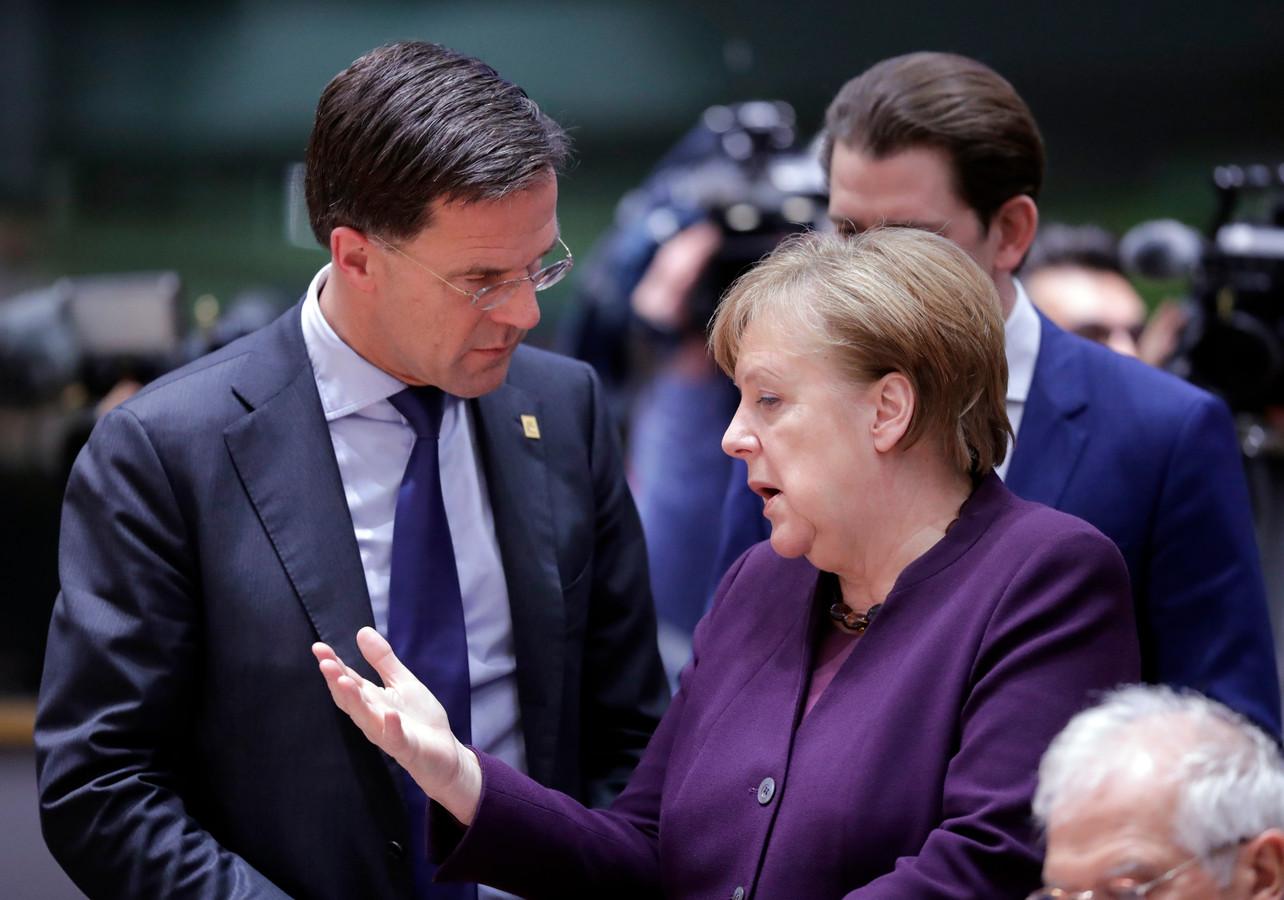 Premier Rutte met Angela Merkel tijdens een eerdere Europese top.