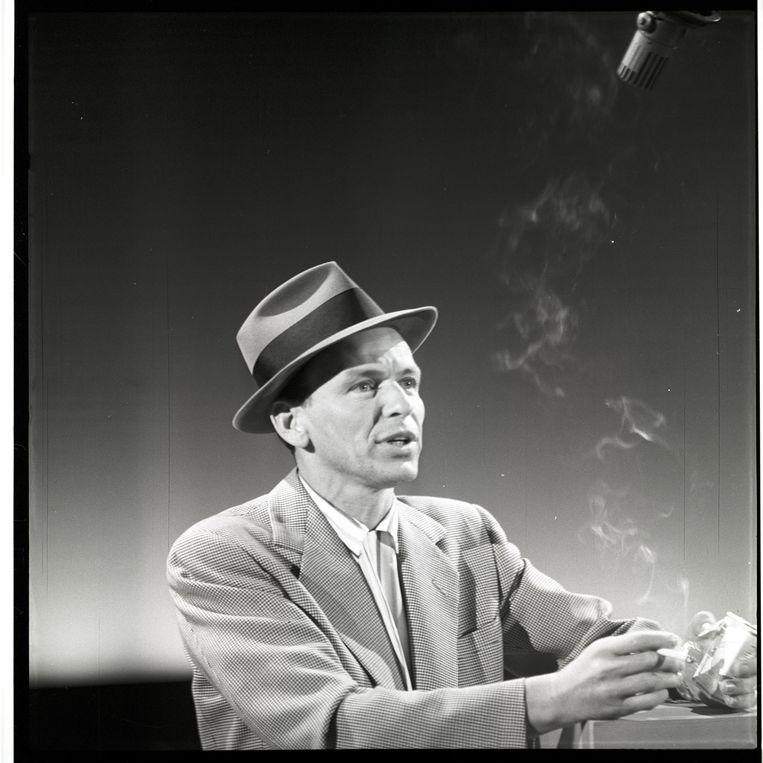 Frank Sinatra. 'Hij had alles: uiterlijk, levensstijl en natuurlijk de stem.' Beeld Getty