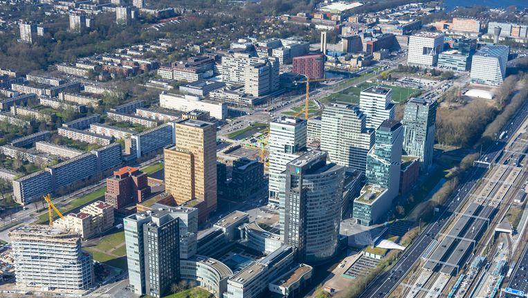 Een luchtfoto van de Amsterdamse Zuidas. Beeld anp