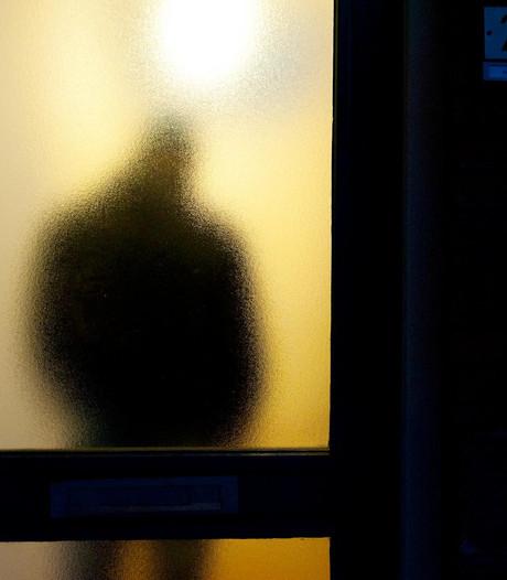 Man trapt deur van huis ex-vrouw in