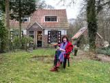 Jeannette kocht een droomhuisje in het bos, maar het is er net zo druk als in de Kalverstraat