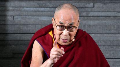 """Dalai Lama mengt zich in vluchtelingendebat: """"Europa behoort toe aan Europeanen"""""""