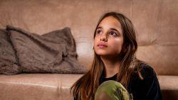 """Lindsai (13) na afranseling: """"Film niet maar help!"""""""