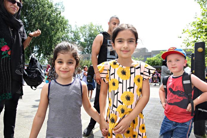 Op de Prins Willem-Alexanderschool in IJsselmonde is door het warme weer een tropenrooster ingesteld.