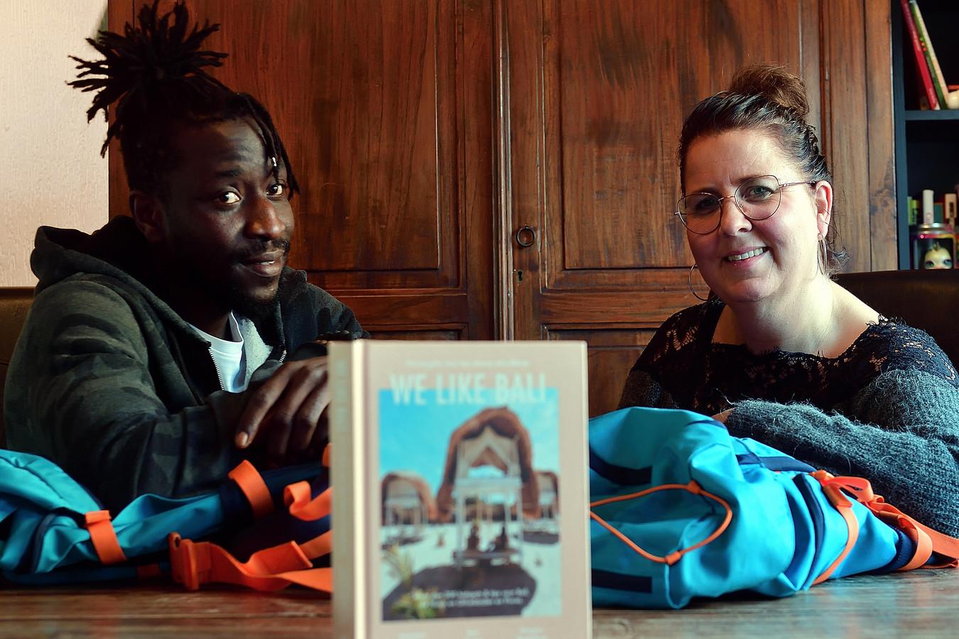 De vakantie van Jolanda Snepvangers en partner Seedy naar Bali gaat niet door.