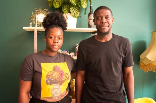 Aris et Pricilia travaillent mains dans la main dans ce nouveau restaurant familial situé rue de la Madeleine, à Liège.