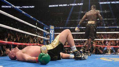 """Bokswereld in alle staten nadat kamp voor WBC-titel tussen Fury en Wilder onbeslist eindigde: """"Mayweather wandelde gedegouteerd naar buiten"""""""