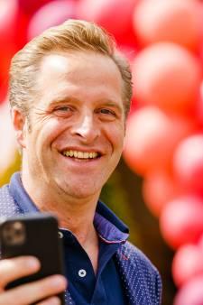 'Minister Corona' Hugo de Jonge nu ook partijleider: wie is de man met die kekke schoenen?