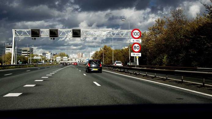 Ringweg A10 bij Amsterdam.