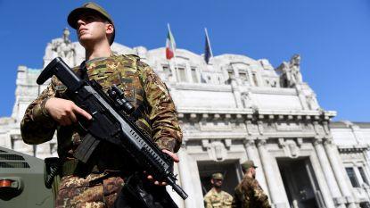 """Man steekt militair neer in Milaan en roept """"Allahu akbar"""""""