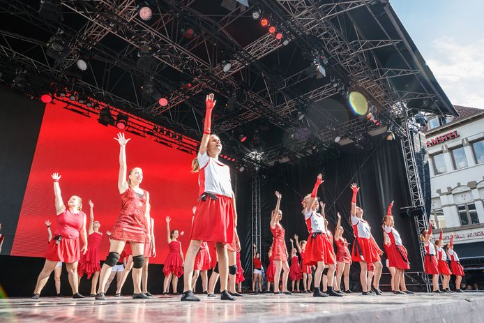 Roosendaal Danst viel in 2018 samen met de slotdag van 750 jaar Roosendaal.