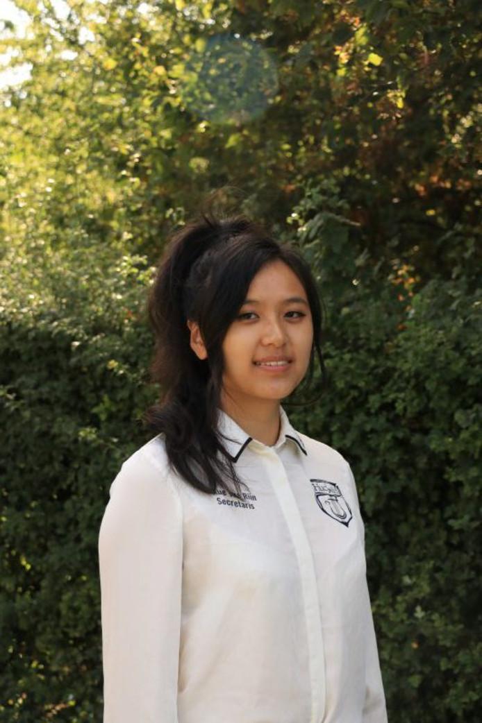 Xue-Lin van Rijn.