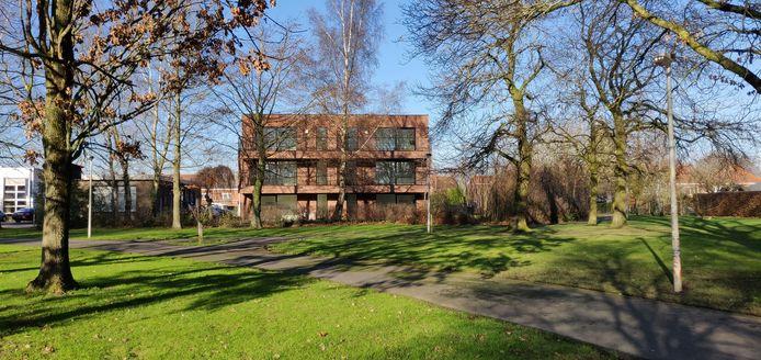 Residentie Kerselaargoed ligt op de rand van een park en naast dienstencentrum Schiervelde.