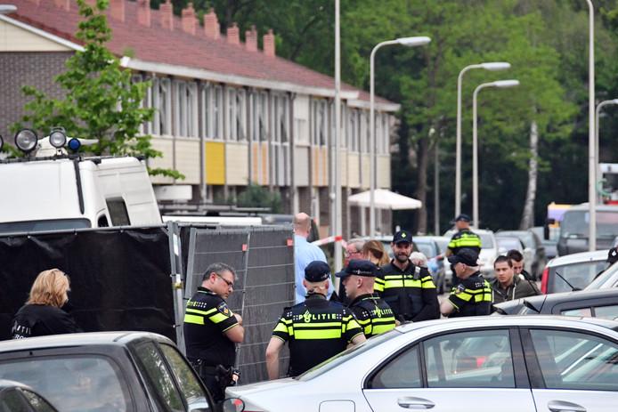Politie doet inval aan Ahuislanden