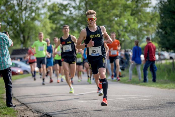 Brooklandrun hardloopwedstrijd in buitengebied Bornerbroek