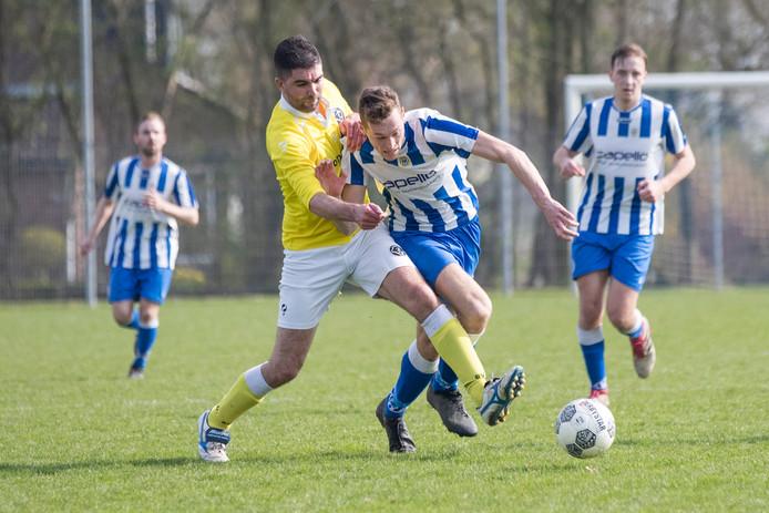 's-Heer Arendskerke (blauw-wit) is in punten gelijk gekomen met Luctor Heinkenszand en heeft nog een wedstrijd tegoed.