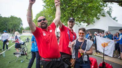 """Blinde Ruben (42) kroont zich tot wereldkampioen boogschieten, mét nieuw wereldrecord: """"Mijn grote droom zijn de Paralympische Spelen"""""""