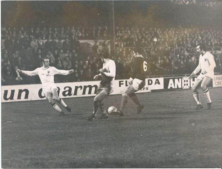 Sclessin gaat uit zijn dak wanneer Paul Van Himst op zijn eentje Schotland op de knieën krijgt. België wint met 3-0 in de voorronde van het EK 1972 dankzij drie goals van Van Himst.