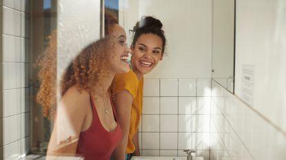 Helft van de Belgen neemt dagelijks geen douche & 4 andere badkamergewoonten verklapt