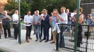 "Club Roeselare viert 20ste verjaardag met opening kunstgrasveld en opgefrist stadion: ""Voortaan mogen we spreken over het Rodenbach Grand Cru-stadion"""
