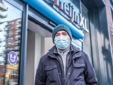 Zelfs zonder controle dragen Delftenaren hun mondkapje: 'Het is een kleine moeite, of het nu werkt of niet'