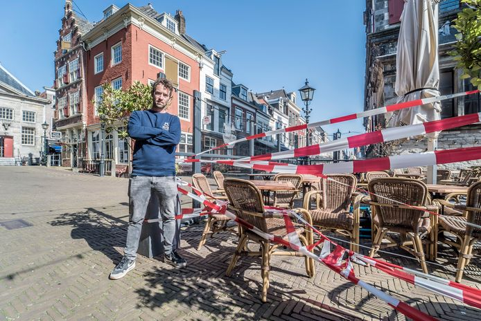 """Jon Cornelese maakt zich zorgen over de horeca in Delft. ,,De ondernemers hebben heel snel hulp nodig!"""""""