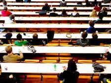 Naar rechter om Engels als voertaal in het onderwijs
