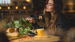 Eet je stress weg: 3 gezonde tips van een voedingsdeskundige