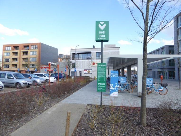 In het Oost-Vlaamse Deinze is zo'n eerste mobipunt ingericht.
