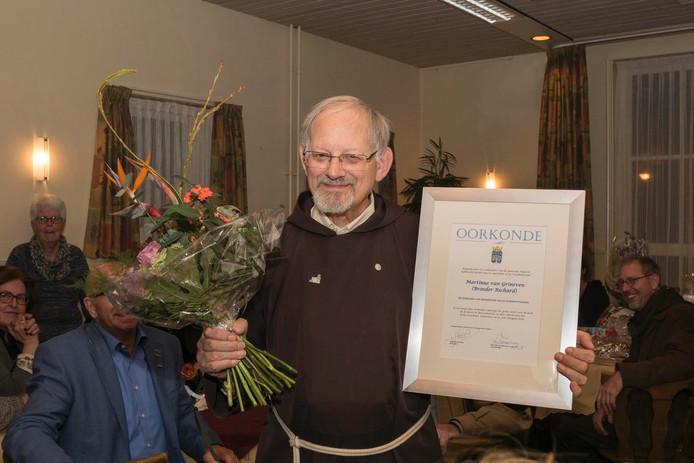 Richard van Grinsven vierde zijn 50-jarig jubileum als dirigent van het Franciscuskoor.