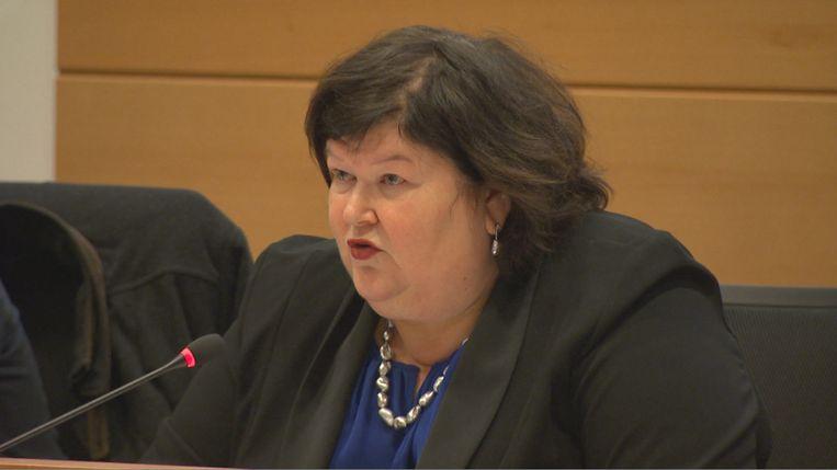 """Minister Maggie De Block had gisteren in de Kamercommissie geen antwoorden op de vele vragen. """"Het lijkt hier wel een quiz."""""""