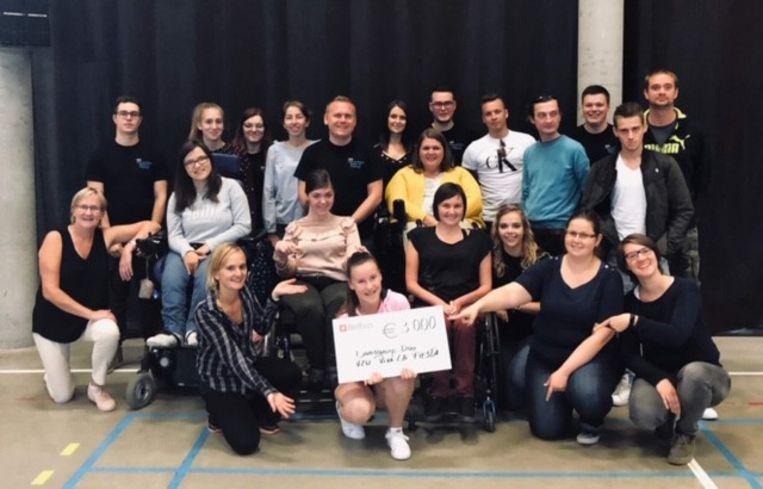 De vereniging schonk dit jaar 3.000 euro aan rolstoeldansgroep Duo uit Poperinge.