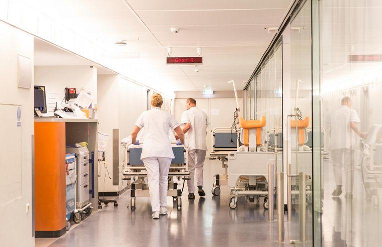 In het Spaarne Gasthuis kijken verpleegkundigen nu veel meer dan eerst naar wie de patiënt was voordat hij op de ic kwam Beeld Dingena Mol