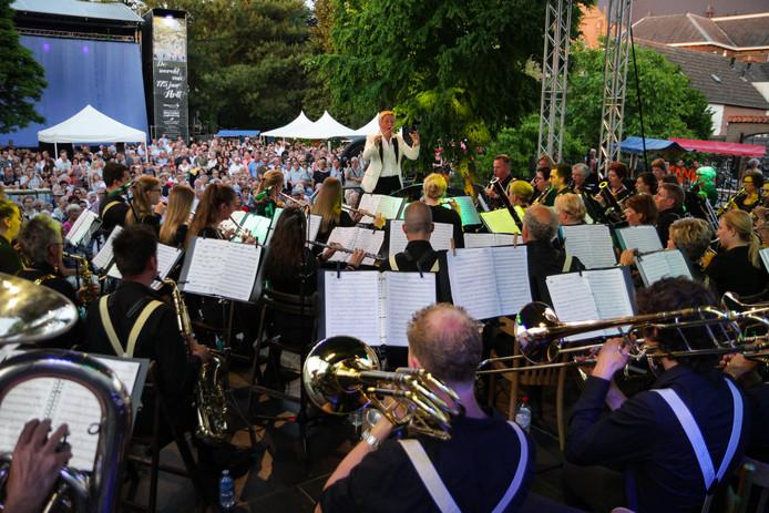 Arti vierde zaterdag het 175-jarig bestaan met een bijzonder concert in de pastorietuin.
