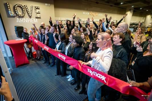 De opening van TK Maxx in Arnhem onder leiding van store manager Dizzy Kandau.