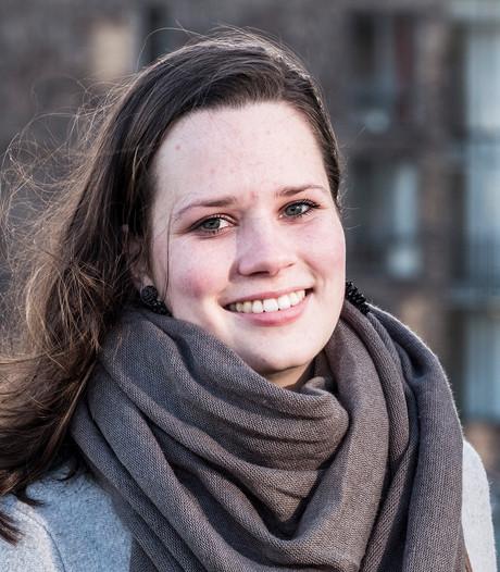 Maartje Roelofs (20) lijsttrekker VVD: Mensen mogen vinden wat ze willen