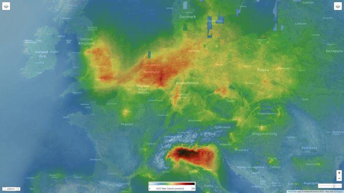 Satellietmetingen uit januari 2020 van stikstofdioxide in Europa, afkomstig van het Tropomi-instrument van het KNMI.
