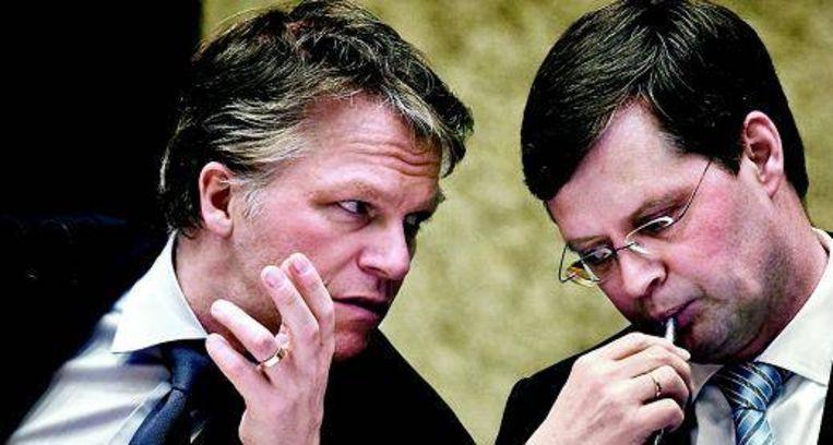 Balkenende en Bos in overleg (Trouw) Beeld