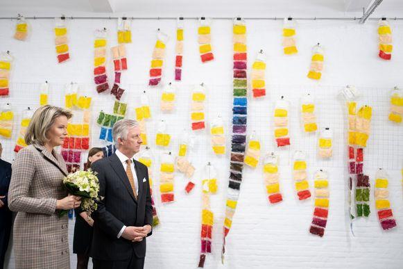 Het vorstenpaar brengt een bezoek aan Kunstencentrum De Loods, een sociaal-artistiek kunstproject voor mensen met een psychische kwetsbaarheid.
