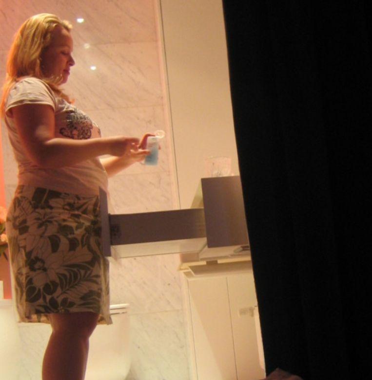 (De haast onherkenbare) Tina in 2012 voor ze aan haar fruitdieet begon.