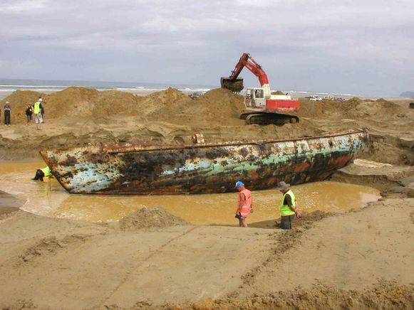 Zo werd het schip twaalf jaar geleden opgegraven.