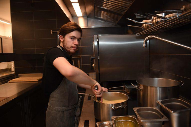 Philippe Heylen stond dinsdagmiddag al terug in zijn keuken.