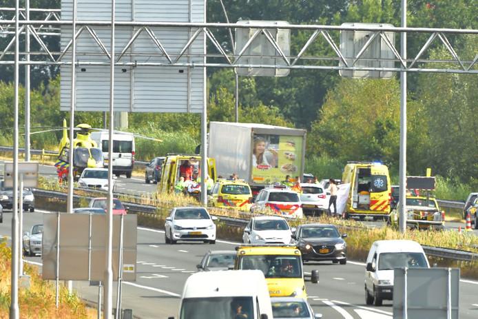 Een ongeluk op de A50 bij Son en Breugel