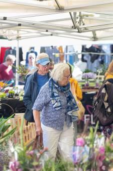 Bloemenverkoper Jan Elsenaar: 'We zijn eindelijk terug op dierbare grond'