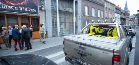 """Le propriétaire du pick-up arborant des symboles nazis réagit: """"Je vote à droite mais je ne suis pas un néonazi"""""""