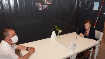 Zorgpunt Waasland laat opnieuw bezoek op de kamer toe in woonzorgcentra